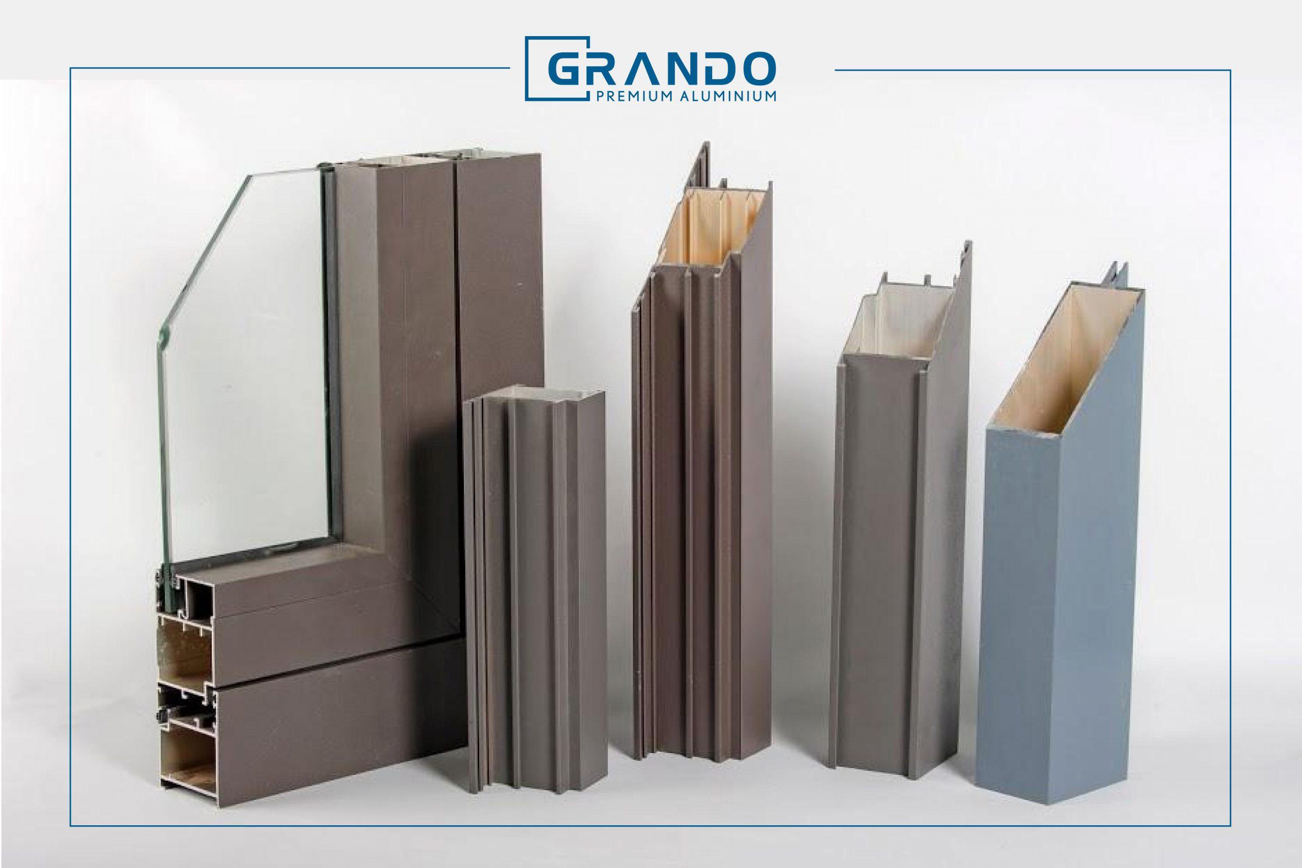 Các  thanh nhôm được thiết kế với các khoang rỗng bên trong giúp giảm đáng kể trọng lượng cho công trình.